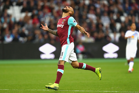 LONDON, ENGLAND - OCTOBER 22:  Simone Zaza of West Ham United reacts during the Premier League match between West Ham United and Sunderland at Olympic Stadium on October 22, 2016 in London, England.  (Photo by Clive Rose/Getty Images)