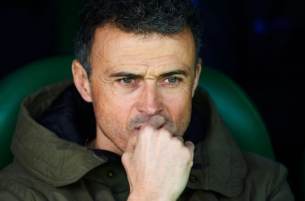 SEVILLE, SPAIN - JANUARY 29:  Head Coach of FC Barcelona Luis Enrique looks on prior to La Liga match between Real Betis Balompie and FC Barcelona at Benito Villamarin Stadium on January 29, 2017 in Seville, Spain.  (Photo by Aitor Alcalde/Getty Images)